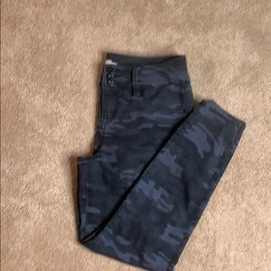 Torrid Denim Blue/Gray Camo Jegging Jeans